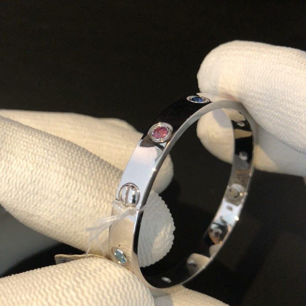 "GDA-234 witgouden 18 kt ""Love Bracelet"""